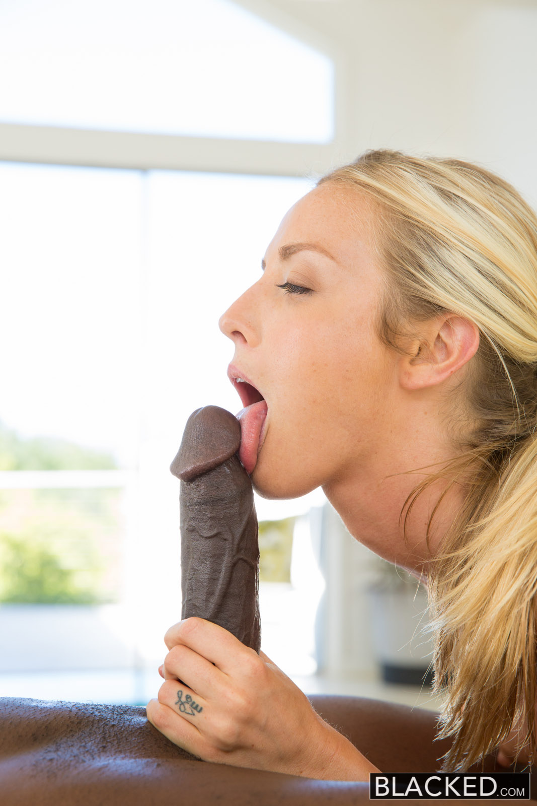 Tiny White Girl Big Black Cock