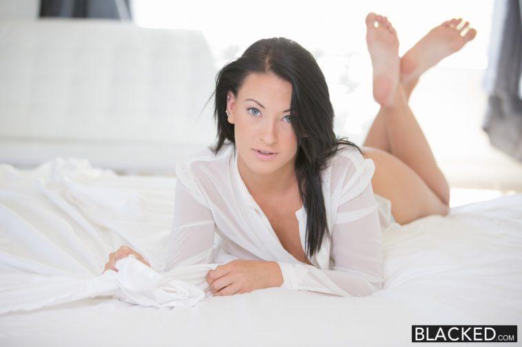 Blacked Teen beauty Kelly Diamond tries Interracial anal sex with Prince Yahshua 2