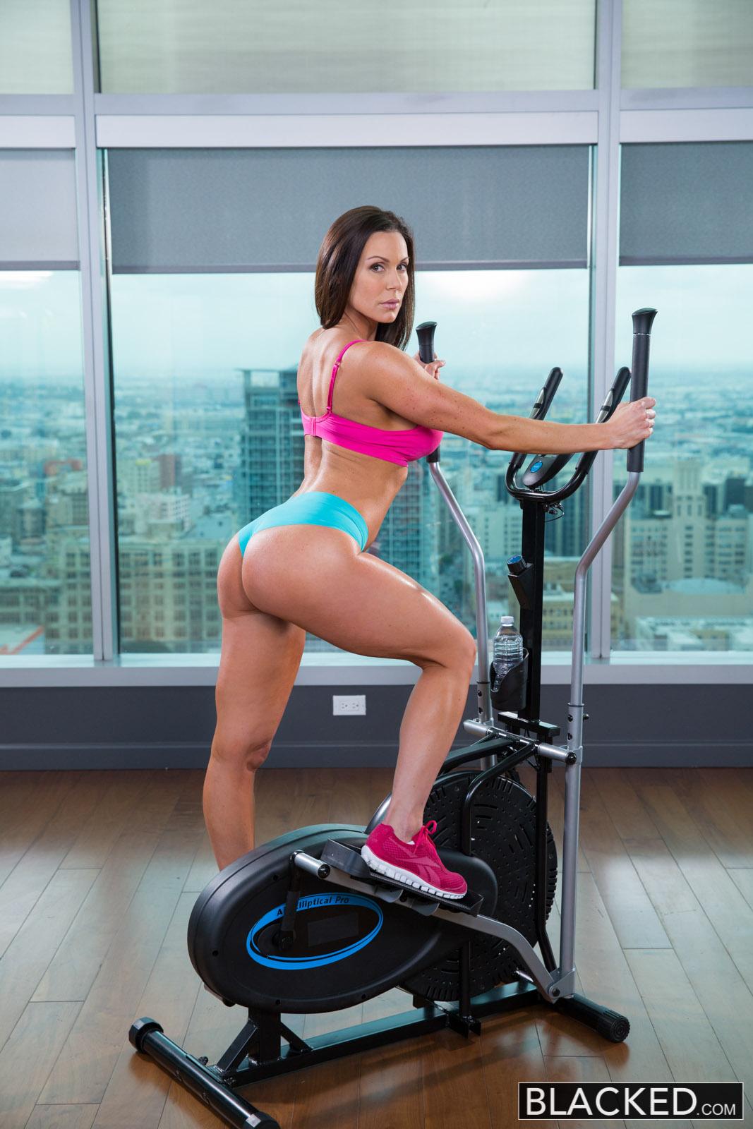 Blacked Kendra Lust In Fitness Babe Loves Huge Black Cock -7923