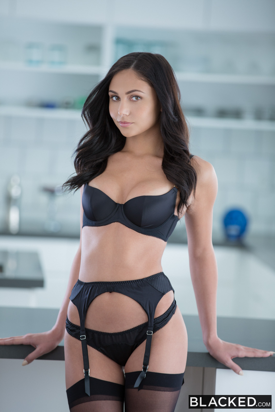 Blacked Ariana Marie In Famous Pop Star Loves Bbc With -9473