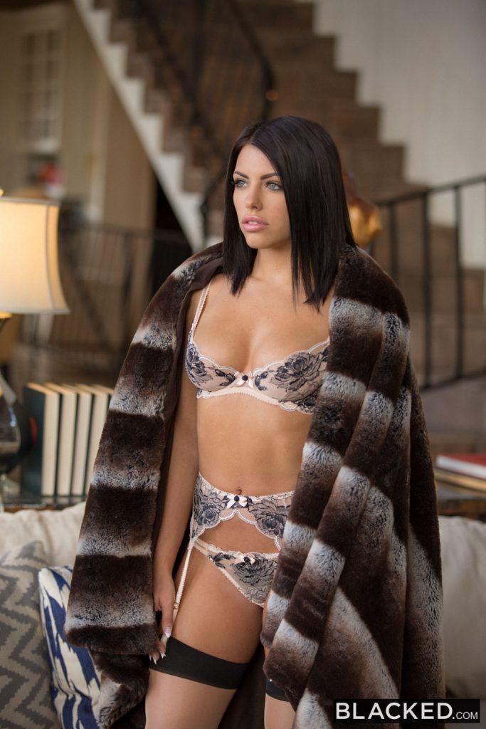 Top Porn Images Hot wife interracial creampie
