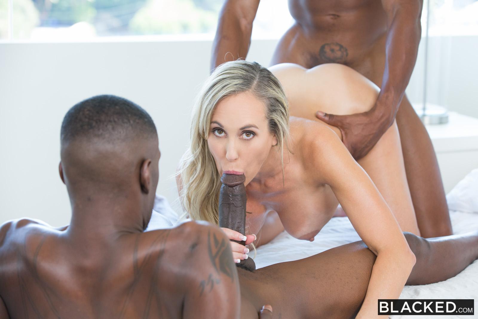 Blacked Brandi Ljubezen V Seksi Mama Takes 2 Mlada Bccs S Isiah Maxwell-4025