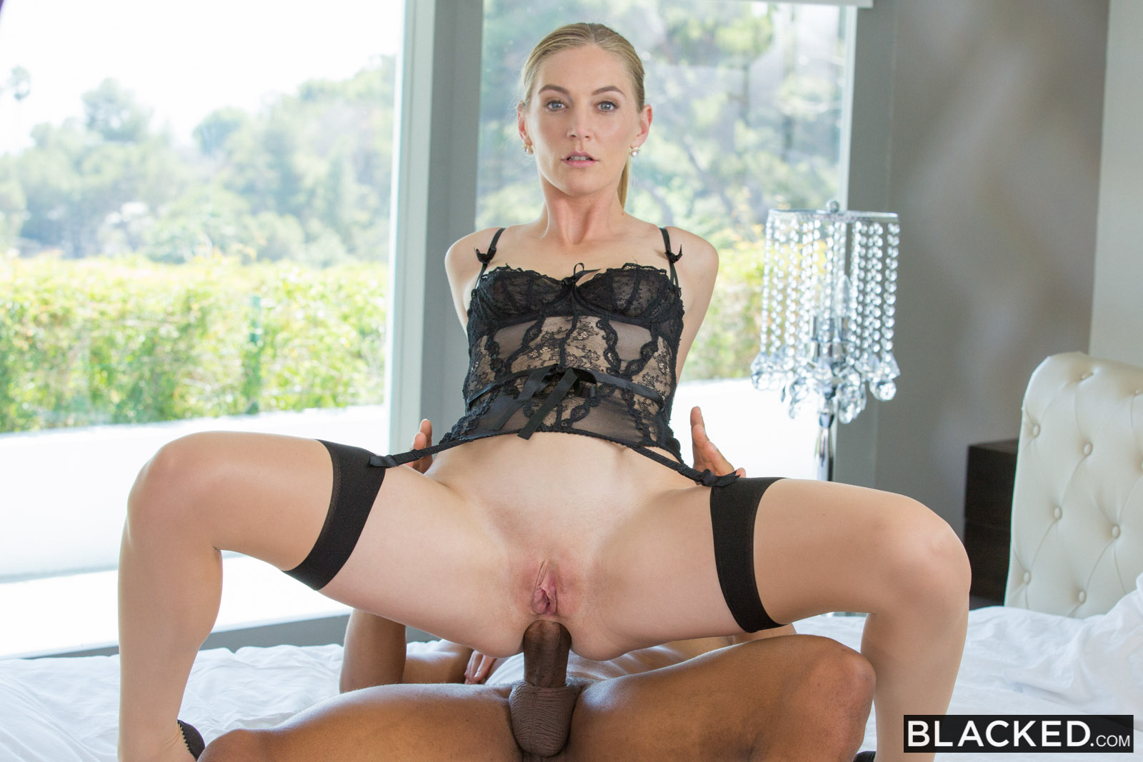 Mona Wales In Hot Wife Enjoys Her Young Neighbors Bbc -2568