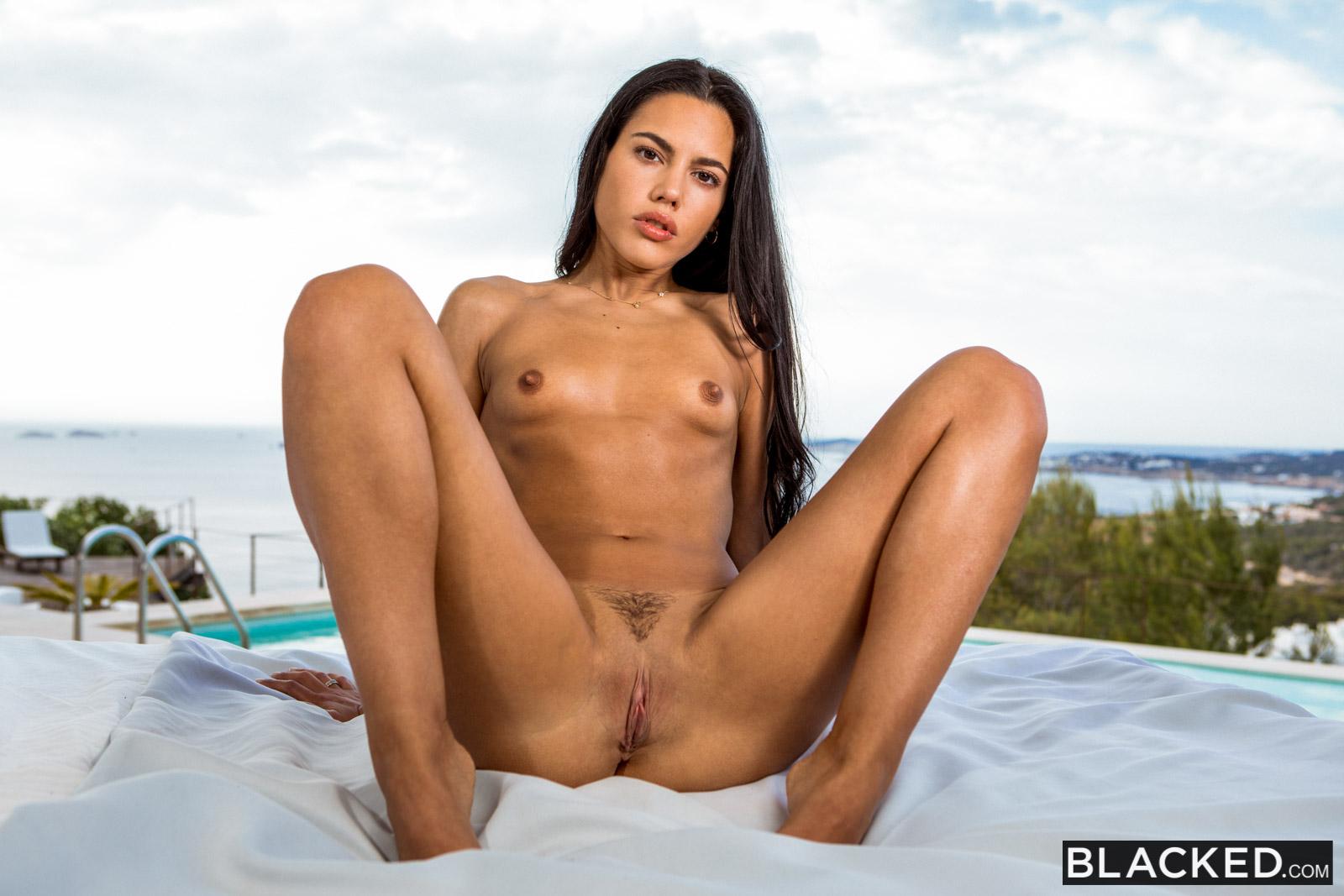 Apolonia La Piedra Interracial Sex Porn blacked apolonia lapiedra in spring break bbc with joss